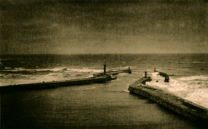 Whitby Pier Lith